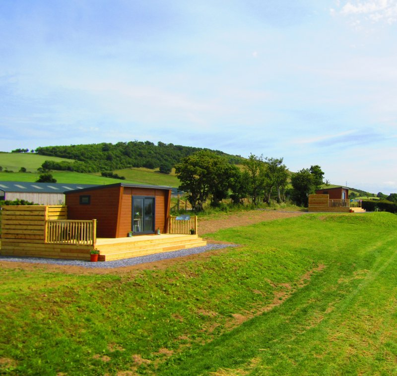 luxury camping wales, camping pods wales, glamping snowdonia